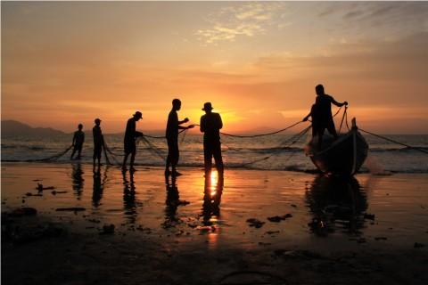 Basarnas Cari Nelayan Tenggelam di Pantai Argopeni