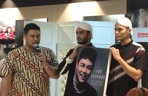 Ivan Gunawan Abadikan 10 Tahun Perjalanan Karier di Buku 'Aku Berkarya dengan Cinta'