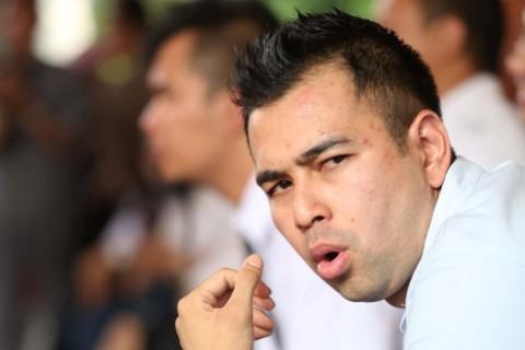 Guyon Lecehkan Wartawan, Raffi Ahmad Kembali Disomasi