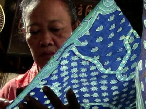 Pemerintah Diminta Hapus Pajak PPN Batik dan Kerajinan
