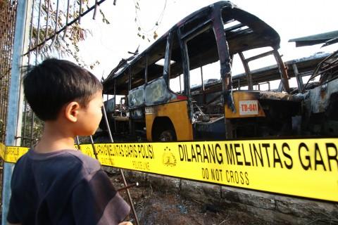 Saat Terbakar, Bus Mayasari Bawa Penumpang