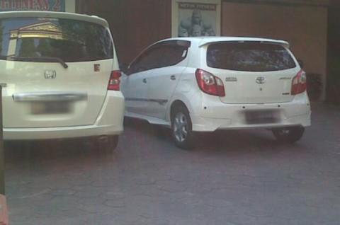 Mobil dengan Logo Garuda Berseliweran di Jombang