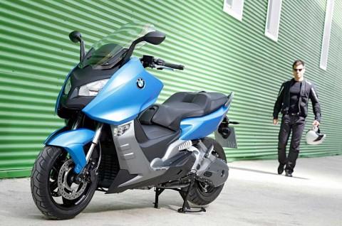 BMW <i>Recall</i> 1.953 Unit C600 Terkait Masalah Rem