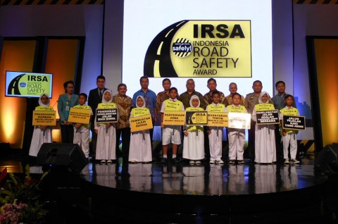 Enam Kota dapat Penghargaan di Indonesia Road Safety Award 2015
