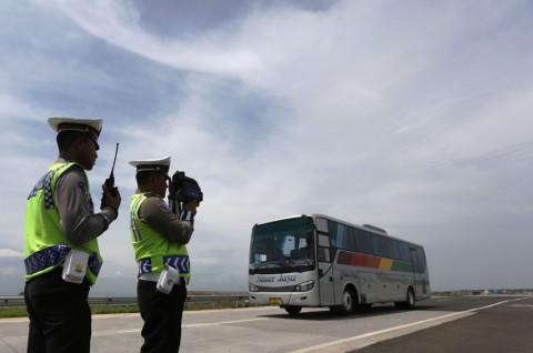 Petugas Gelar Operasi di Tol Cipali, Banyak Pelanggar Batas Kecepatan