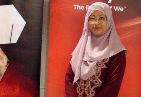 Endang Rachmawati, Country Manager Avaya Indonesia.
