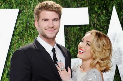 Miley Cyrus Masih Cinta Liam Hemsworth