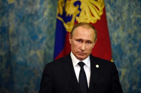 Putin Klaim Berhasil Kembangkan Vaksin Ebola