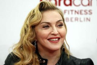 Eks Suami Nilai Madonna Terlalu Keras Mendidik Anak