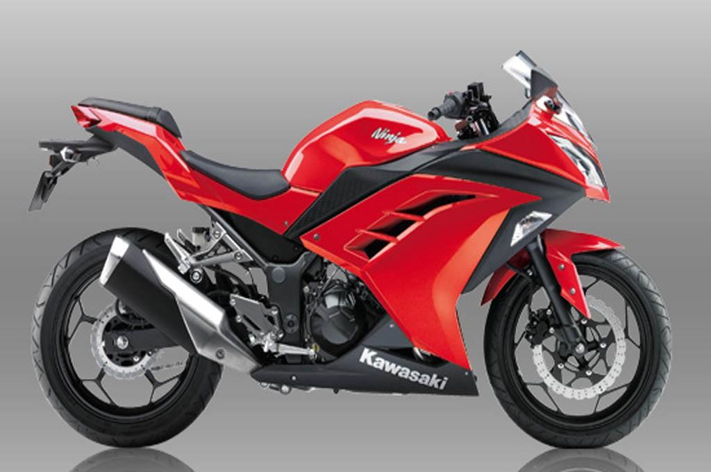 Kawasaki Ninja 250 Warna Merah Kini Jadi Favorit Bikers