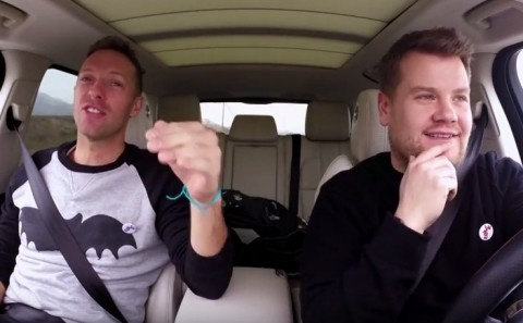 Video Karaoke Chris Martin di Mobil Sedot Perhatian Netizen