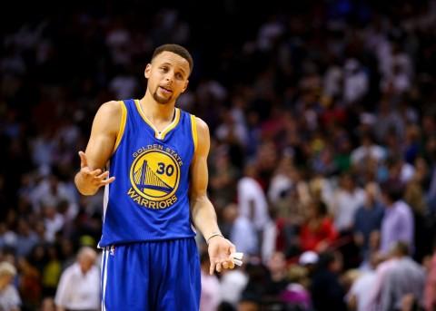 Curry Dominan, Heat Tak Berdaya Hadapi Warriors