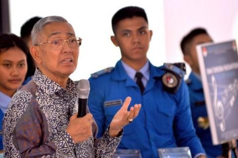 Try Sutrisno Minta Amendemen UUD 1945 Dikaji Ulang