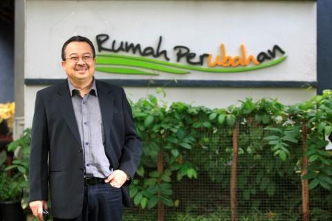 Rhenald Kasali Sandang Gelar Manajemen Guru di Dunia