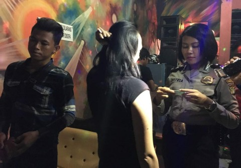 900 Kondom Diamankan di Kafe Dekat Lokalisasi Dadap