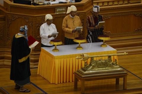 Presiden Baru Myanmar dari Kalangan Warga Sipil Dilantik