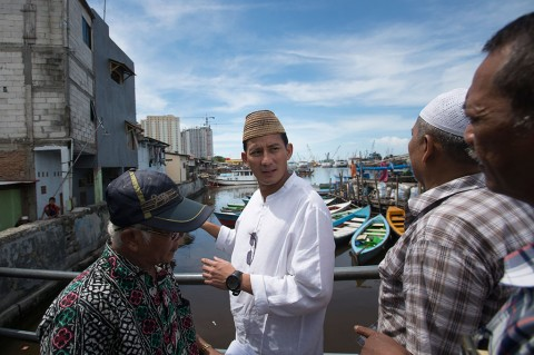 Sandiaga Uno Berdialog dengan Warga Kampung Luar Batang