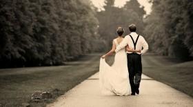 Perhatikan 5 Hal Ini Sebelum Menikah di Luar Negeri