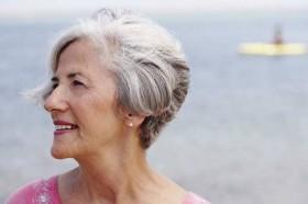 Fakta dan Mitos Seputar Rambut di Usia Tua