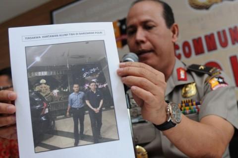 Buron Kasus Century Dijebloskan ke Rutan Salemba