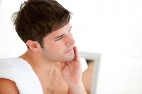 10 Kebiasaan yang Membuat Pria Terlihat Makin Tampan