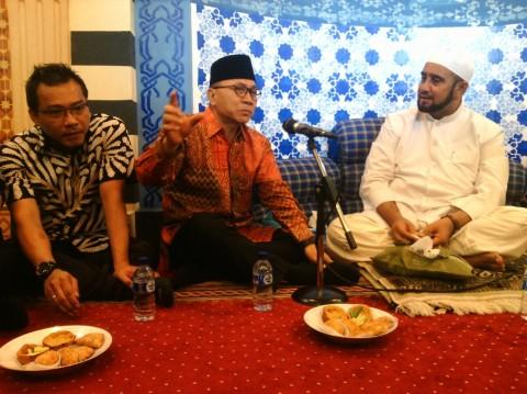 Bertemu Habib Syech, Ketua MPR Disuguhi Syi`ir Antinarkoba