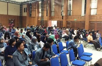 Mahasiswa UPI Bandung Antusias Ikuti Roadshow Indocement Awards 2016