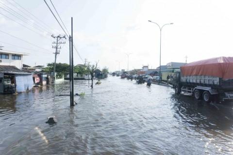 Banjir Rob Rendam Pantura