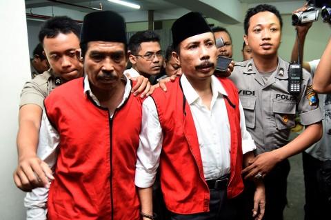 Terdakwa Pembunuhan Salim Kancil Dituntut Hukuman Seumur Hidup