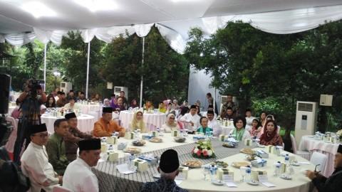Menteri Kabinet Indonesia Bersatu I & II Kumpul di Puri Cikeas