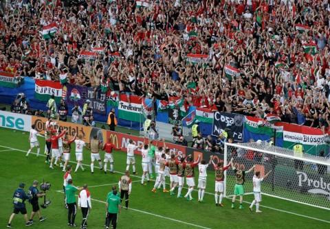 Ilustrasi Gol: Hungaria Hancurkan Austria