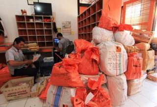 Terdongkrak Parcel, Kiriman PT Pos Jepara Naik 30 Persen