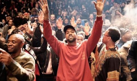 Kanye West Ditunjuk Rancang Produk Olahraga