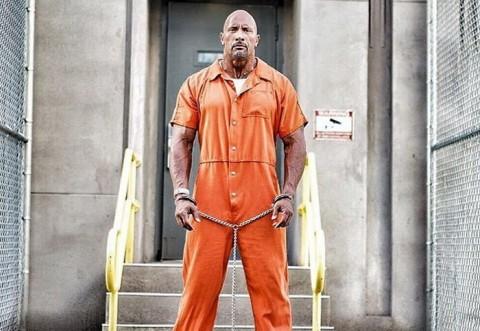 Dwayne Johnson Pamer Foto Terantai di Penjara