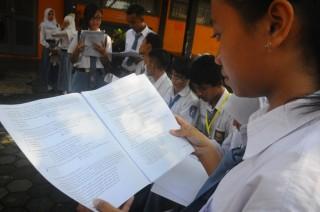 Butuh Terobosan Tingkatkan Kemampuan Bahasa Indonesia