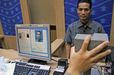 Warga Pekalongan Tak Bisa Kantongi SIM Meski Lulus Uji