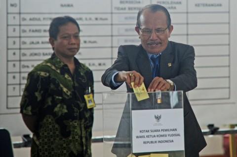 KY Sebut Lolosnya Calon Hakim Agung Kewenangan DPR