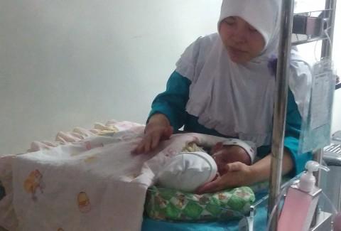 Jika Bobot Cukup, Bayi Kembar Siam asal Ciamis Segera Dipisahkan