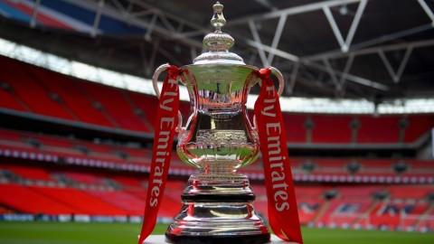 1895: Trofi Piala FA Dicuri dan Tak Pernah Dikembalikan