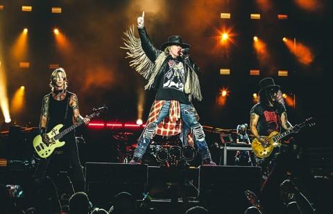 Guns N' Roses Raup Rp1,5 Triliun dari Tur Reuni di AS