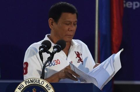 1.000 Nama Pejabat Muncul dalam Daftar Buruan Duterte