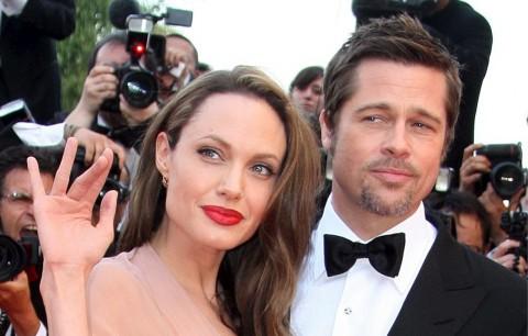 Ayah Angelina Jolie: Sesuatu yang Serius Pasti Terjadi