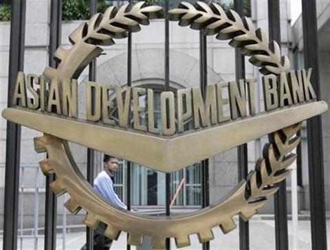 ADB: Ekonomi Tiongkok Bakal Tumbuh Jadi 6,6%