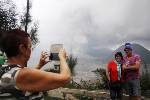 Bromo Siaga, PVMBG Larang Wisatawan Mendekat ke Kawah