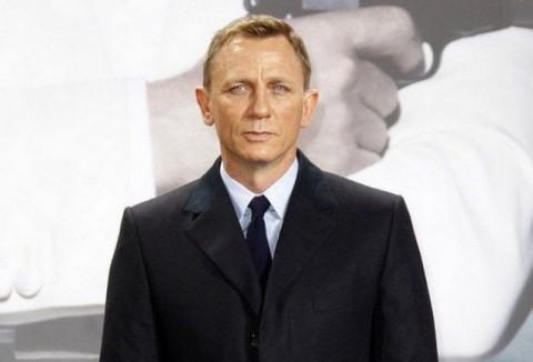 Bintang Spectre Memohon Daniel Craig Kembali Perankan James Bond