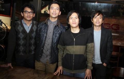 Album Baru D'MASIV Libatkan Yockie Suryoprayogo