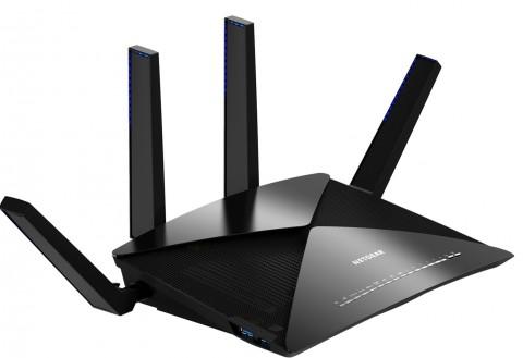 Netgear Nighthawk X10 AD7200 Tawarkan Kecepatan WiFi 7,2Gbps