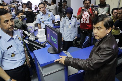 Antisipasi Pungli, Pejabat Kemenkumham Sidak Kantor Imigrasi Surabaya