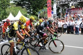 Spirit Angklung Inspirasi Tour de Linggarjati 2016