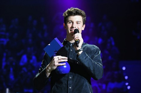 Penyanyi Asal Kanada Dominasi Kemenangan di MTV EMAs